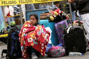 Người dân Venezuela vẫn vượt biên vào Ecuador