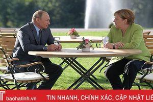 Thế giới ngày qua: Thủ tướng Đức và Tổng thống Putin gặp gỡ tại Berlin