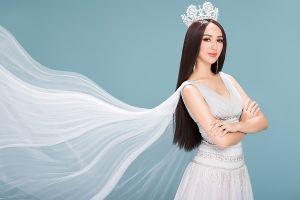 Hoa hậu Ngọc Diễm khoe nhan sắc sau 10 năm đăng quang
