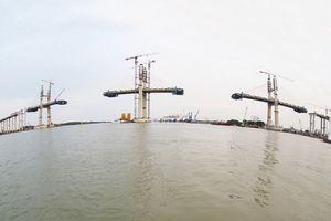 'Đếm ngược' ngày thông xe cầu Bạch Đằng và cao tốc Hạ Long – Hải Phòng