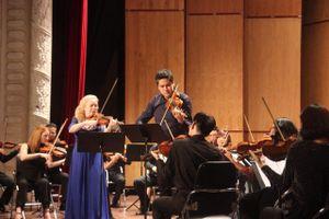Nghệ sĩ violin nổi tiếng Stephanie đến Việt Nam biểu diễn