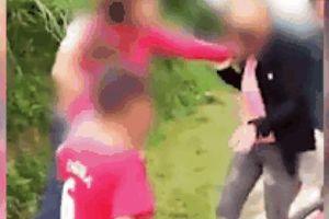 Xôn xao clip bé trai giúp mẹ đánh ghen 'bồ' của bố