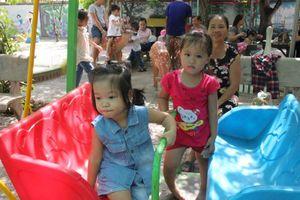 Hà Tĩnh: Hơn 1.200 trẻ bậc mầm non chưa thể đến trường