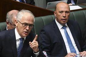 Nhiều quan chức Chính phủ Australia đồng loạt từ chức