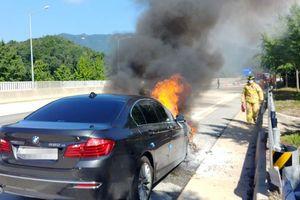 BMW triệu hồi hơn 100.000 ô tô do bị cháy nổ