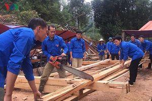 BẢN TIN TÌNH NGUYỆN: Dựng nhà cho đồng bào người Mông