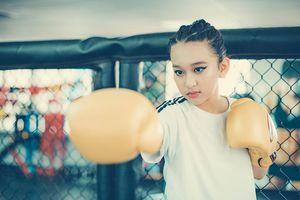 Nữ sinh 13 tuổi xinh đẹp thích làm mẫu ảnh, có cả tá thành tích