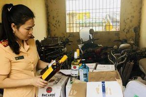 Thanh Hóa: Thu giữ hơn 500 chai rượu ngoại không giấy tờ