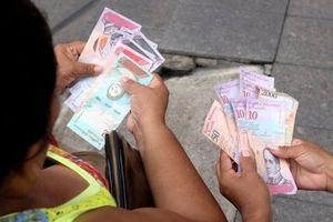 Venezuela 'tê liệt' sau phát hành tiền mới