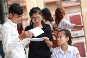 Hãy nói với các sinh viên khó khăn rằng 'Chính phủ có cho vay tiền đi học'