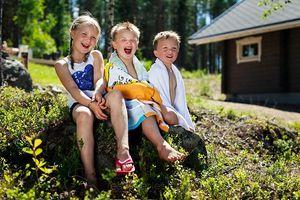 7 cách nuôi dạy trẻ khác lạ của phụ huynh thế giới