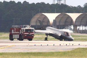 Chiến đấu cơ F-35 gãy càng khi hạ cánh