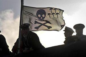 Tàu chở dầu Hy Lạp mất tích 10 ngày: Nghi cướp biển tấn công