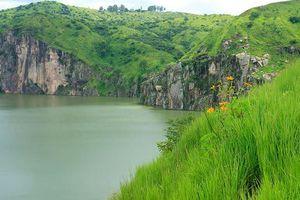 Giải mã bí ẩn về hồ nước cướp mạng hơn 1.700 người sau một đêm