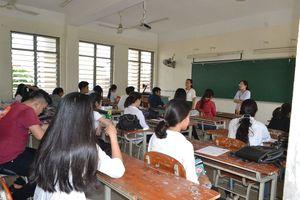 Không để xảy ra tình trạng thiếu giáo viên trước thềm năm học mới