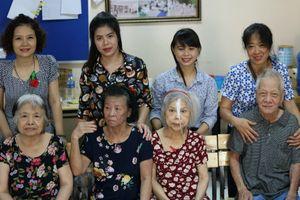 Trải lòng cảm động của đấng sinh thành tại lễ Vu Lan ở viện dưỡng lão