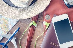 8 vật dụng tín đồ du lịch nào cũng phải mang theo để 'cứu nguy' khi cần thiết