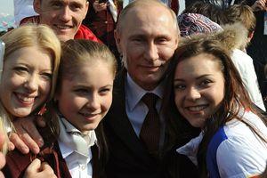 V.Putin lèo lái đất nước: Giới trẻ muốn Nga thành siêu cường, không 'chơi' với Mỹ bằng mọi giá