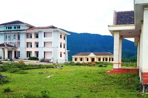 Hà Tĩnh: Hàng chục tỷ đồng xây trường học, trạm y tế để bỏ hoang