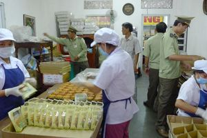 Hà Nội: Xử lý nghiêm các cơ sở sản xuất, kinh doanh bánh trung thu vi phạm