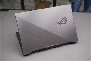 Cận cảnh ROG Strix Scar II, laptop chơi game 17,3 inch gọn gàng nhất hiện nay