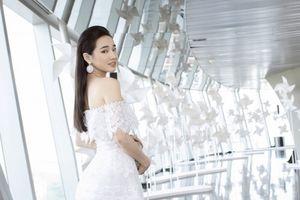 Chung Thanh Phong tiết lộ thiết kế váy cưới của Nhã Phương