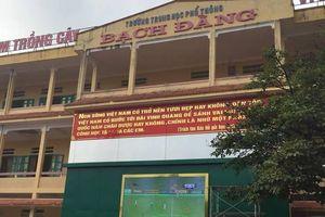 Trường ở Hải Phòng tổ chức cho học sinh xem bóng đá, cổ vũ Olympic VN