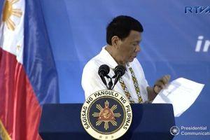 Ông Duterte: Mỹ gửi thư giục mua vũ khí là coi thường Philippines