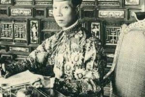 10 ẩn số không lời giải trong lịch sử Việt Nam (Phần cuối): Vua Bảo Đại là con ai?