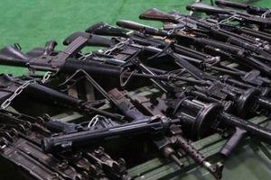 Nga tố tình báo nước ngoài bơm tiền và vũ khí cho IS