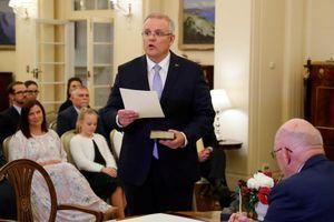 Australia vượt qua sóng gió chính trị