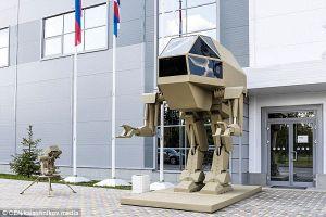 Nga ra mắt robot chiến đấu khổng lồ đi bằng hai chân