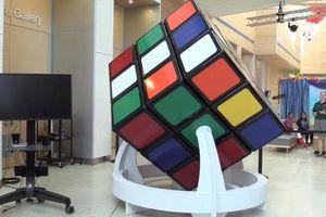 Khối Rubik mới lớn nhất thế giới