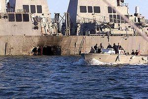 Lỗ hổng trên thân tàu USS Cole hay trên chính hệ thống an ninh Mỹ?
