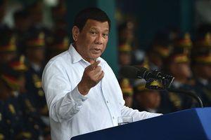 Ông Duterte thúc giục Trung Quốc 'kiềm chế' ở biển Đông