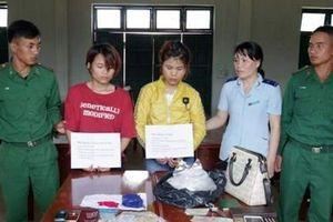 Kon Tum: Tạm giữ hai 'kiều nữ' nghi vận chuyển ma túy qua cửa khẩu Bờ Y