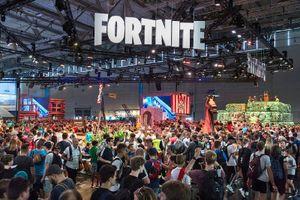 Fortnite: Epic phải thanh minh rằng không có ai gặp rắc rối với… nhà vệ sinh ở Gamescom