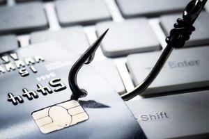 Giải pháp nào phòng ngừa rủi ro gian lận thẻ?