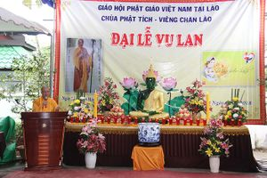 Cộng đồng người Việt tổ chức Đại lễ Vu Lan báo hiếu tại Lào