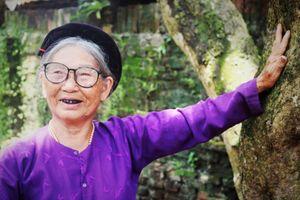 Người sở hữu cây nhãn tổ gần 130 năm tuổi ở Hà Nội
