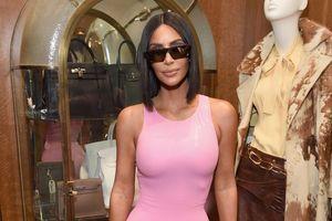 Kim Kardashian lạ mắt với váy cao su giữa dàn mỹ nhân mặc đẹp tuần qua