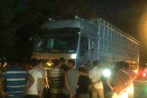 Xe tải lao vào đám đông khiến 1 người chết, 5 bị thương