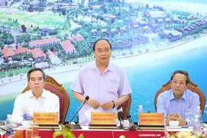 Thủ tướng làm việc với lãnh đạo tỉnh Quảng Bình