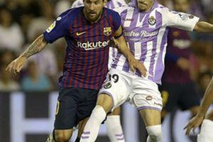 Messi không ghi bàn, Barca giành 3 điểm nhờ bàn thắng gây tranh cãi