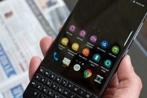 Fan 'Dâu Đen' cùng đếm ngược để chờ sự xuất hiện của BlackBerry Key2 LE