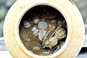 Bulgaria phát hiện kho báu từ thế kỷ 14