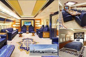 Tận mục phi cơ dát vàng của Hoàng gia Qatar đang rao bán