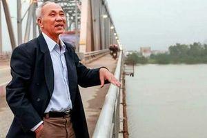 Chuyện kỳ diệu về người lái chuyến phà cảm tử trên sông Lam