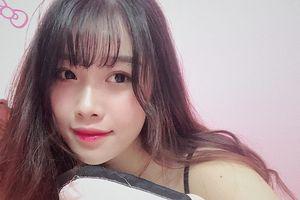 Nhan sắc bạn gái Văn Toàn - 'người hùng' Olympic Việt Nam