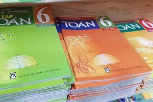 In ấn sách giáo khoa mỗi năm phải bù lỗ